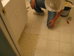 07-vinyl-flooring-before